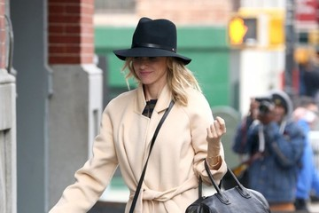 Naomi Watts Naomi Watts Steps Out in NYC