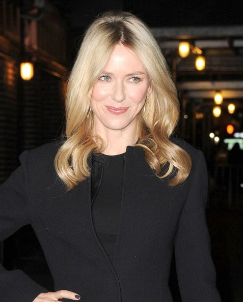 Naomi Watts Pictures -...