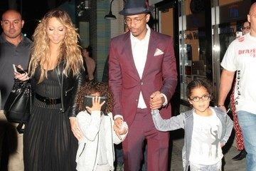 Nick Cannon Monroe Cannon Nick Cannon & Mariah Carey Enjoy Dinner With Their Kids