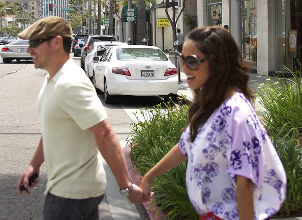 Nick Lachey - Nick Lachey and Vanessa Lachey Have Lunch