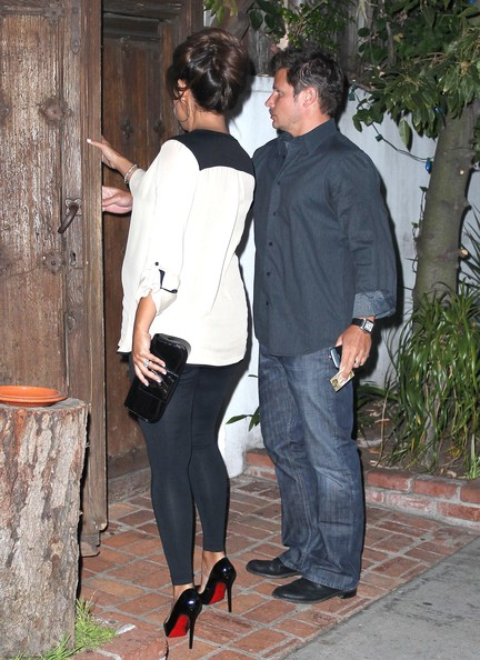 Nick+Lachey+Vanessa+Minnillo+Leave+Their+Anniversary+Dq2VFHZt8MWl Nick Lachey Nick Lachey and Vanessa Minnillo spend the first day of the new ...