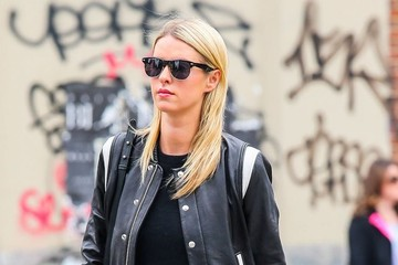 Nicky Hilton Nicky Hilton Drags Her Luggage Through New York City