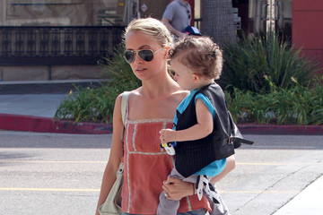Nicole Richie Sparrow Madden Nicole Richie And Family Out Toy Shopping In Beverly Hills