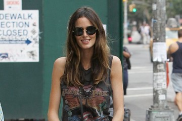 Nicole Trunfio Nicole Trunfio Heads out for a Stroll with Son Zion