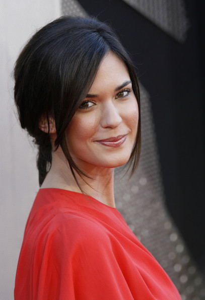 Odette Annable Photos Photos - 'Transformers: Revenge Of ...