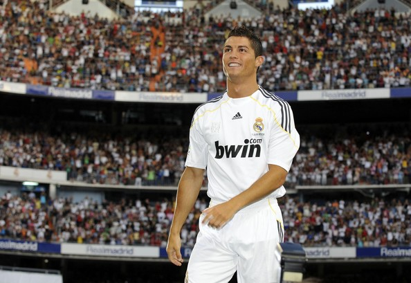 ronaldo real madrid. Ronaldo At The Real Madrid