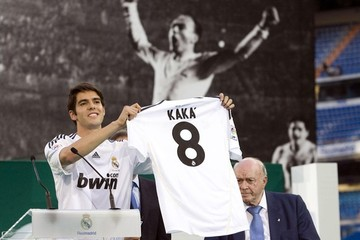 Alfredo di Stefano Official Presentation Of Kaka As New Real Madrid Player