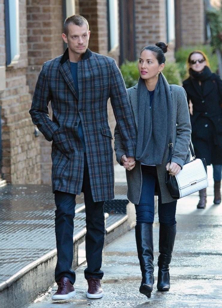 Olivia Munn and Joel Kinnaman Spend Valentine's Together