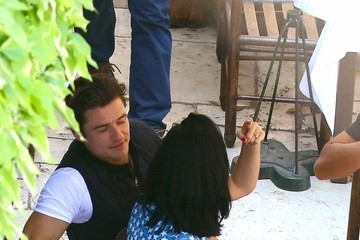 Orlando Bloom Katy Perry Katy Perry and Orlando Bloom Share Lunch With Kate Hudson, Kate Moss, and Dasha Zukhova at La Colombe d'Or Restaurant