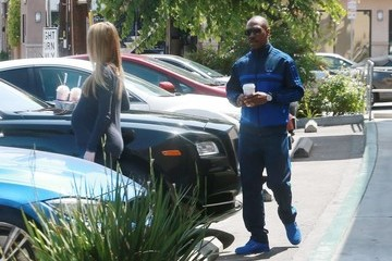 Paige Butcher Eddie Murphy and Paige Butcher Stop for Coffee