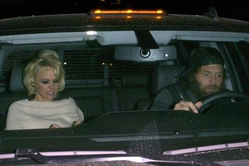Pamela Anderson Celebrities Dine Out At Mr Chow Restaurant
