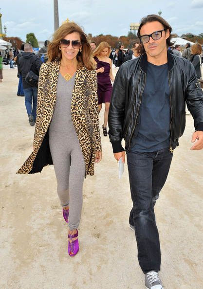 Celebrities arrive at the Christian Dior show during the Paris Fashion Week Spring/Summer 2011.