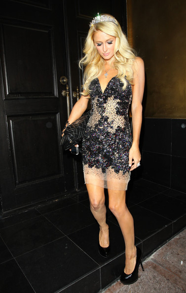 Paris hilton in paris hilton extends her birthday parties