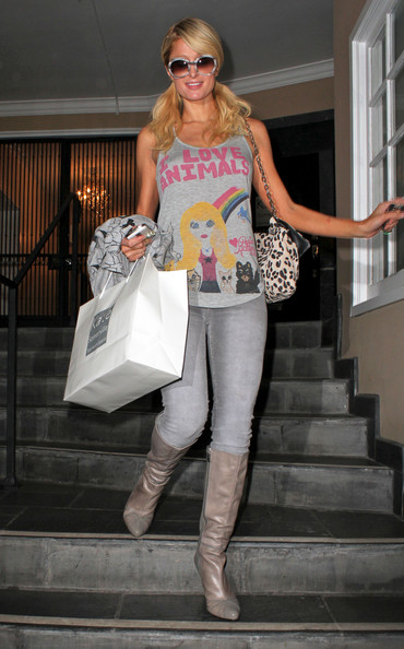 Paris Hilton Socialite Paris Hilton leaves Kate Somerville Skin Health Experts store in West Hollywood.
