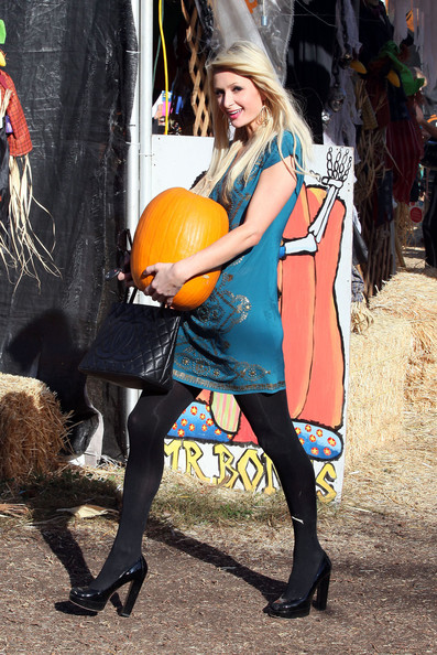 Paris Hilton Socialite Paris Hilton is seen searching for that perfect pumpkin at the Mr. Bones pumpkin patch in West Hollywood. She was ever so kind to stop and pose with her new purchase for everyone to see.