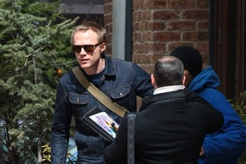 Paul Bettany Paul Bettany Chats With Fans In NYC