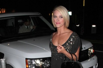 Peta Murgatroyd 'DWTS' Cast Enjoys a Night Out