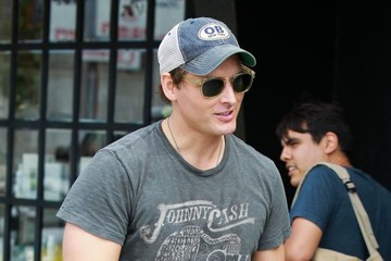 Peter Facinelli Peter Facinelli and Jaimie Alexander Leave the Gym