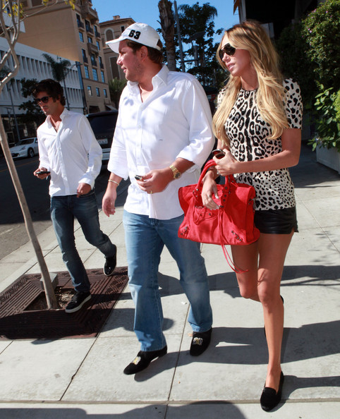 Petra Ecclestone - Petra Ecclestone, James Stunt And Brandon Davis Out ...
