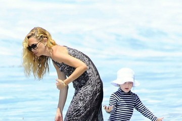 Rachel Zoe Rachel Zoe and Family Enjoy a Day at the Beach