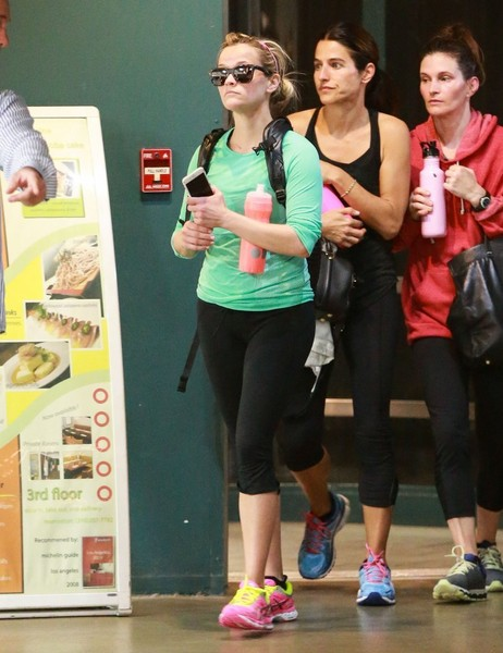 Reese Witherspoon Hits the Gym