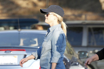 Reese Witherspoon Reese and Betty Witherspoon Watch Deacon at a Race