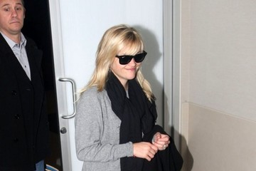 Reese Witherspoon Reese Witherspoon Departing On A Flight At LAX