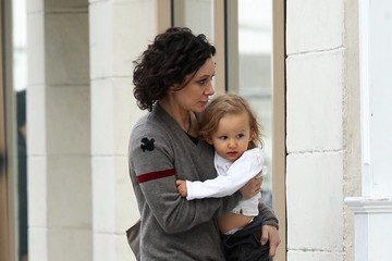 Rhodes Perry Sara Gilbert Takes Her Son To Au Fudge In Beverly Hills