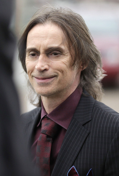 robert carlyle canada
