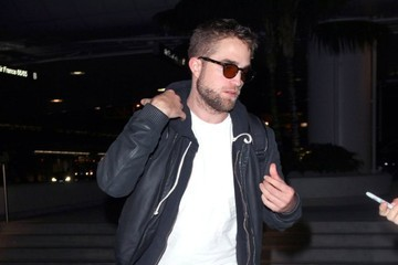 Robert Pattinson Robert Pattinson Leaves LA