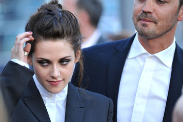 Rupert Sanders File: Kristen And Rupert Caught Cheating Together
