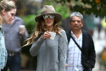 Sarah Jessica Parker Sarah Jessica Parker Steps Out with Tabitha