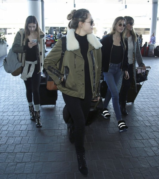 Stallone Daughters and Jennifer Flavin Depart LAX