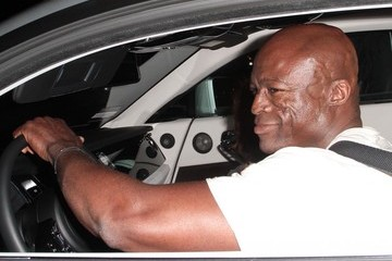 Seal Celebs Get Dinner in Hollywood