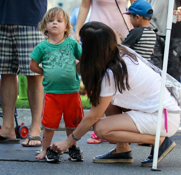 Selma blair pictures selma blair spends the day with her son