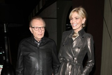 Shawn King Larry King and His Wife Get Dinner