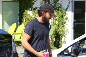 Shia LaBeouf Shia LaBeouf Goes out for Lunch with a Friend