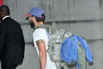 Shia LaBeouf Shia LaBeouf Lands In Los Angeles