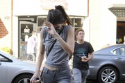 Kendall Jenner and a Friend Stop For Some Fro-Yo