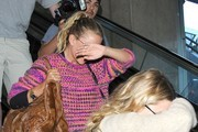 Mary-Kate and Ashley Olsen Land at LAX