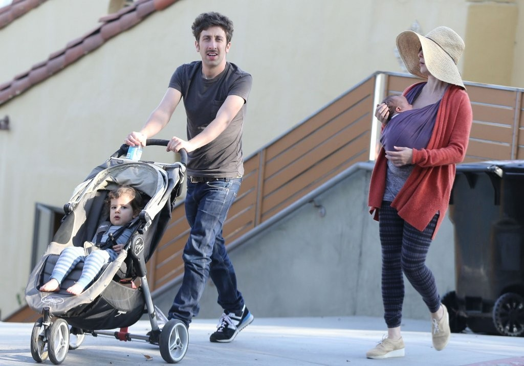 Photo of Simon Helberg & his  Son  Wilder Towne Helberg