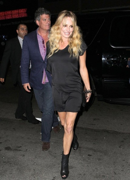 taylor real housewives of beverly hills dating She was a cast member for the first three seasons of bravo's the real housewives of beverly hills , and taylor armstrong on march was formally dating sean.