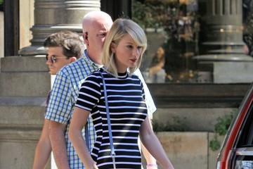 Taylor Swift Taylor Swift Steps Out in NYC