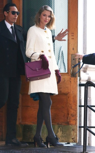 Taylor Swift Steps Out In NYC []