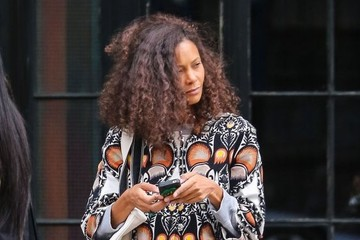 Thandie Newton Thandie Newton Waiting For a Cab in NYC
