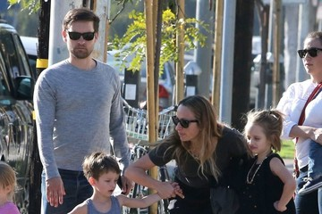 Tobey Maguire Tobey Maguire & Family Out For Lunch In West Hollywood
