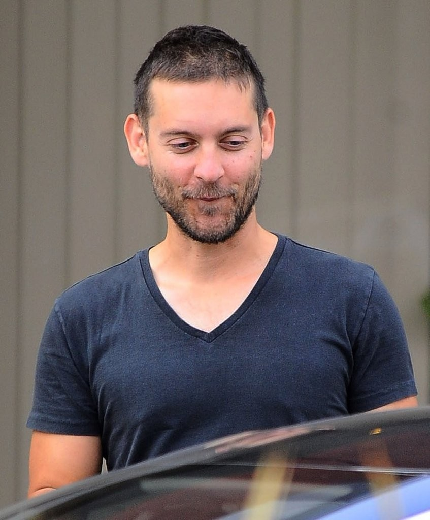 Tobey Maguire Photos P...
