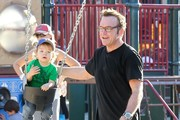 Tom Arnold and Jax Arnold Photos Photo