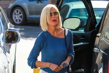 Tori Spelling Tori Spelling & Daughter Stella Shopping At Office Depot