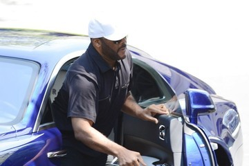 Tyler Perry Tyler Perry Visits Bobbi Kristina in Hospice Care